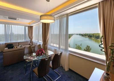 landmark-hotel-plovdiv-apartment-deluxe-8