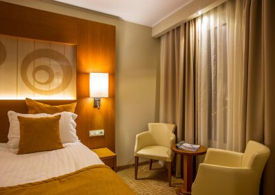 landmark-hotel-plovdiv-superior-room-5